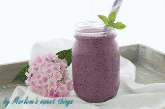 Erfrischender Blaubeer-Smoothie
