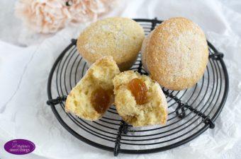 Aprikosen Muffnuts für Barbaras Backstube