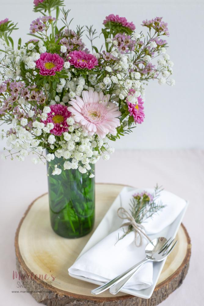 Blumenvasen für die nächste Gartenparty oder Hochzeit
