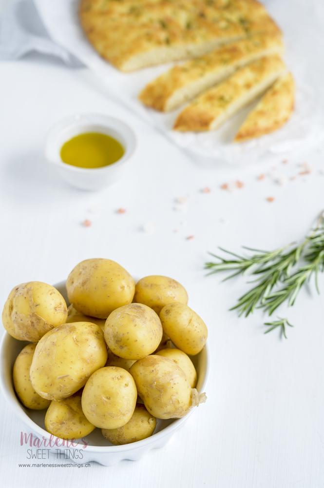 Fladenbrot mit Kartoffel und Rosmarin
